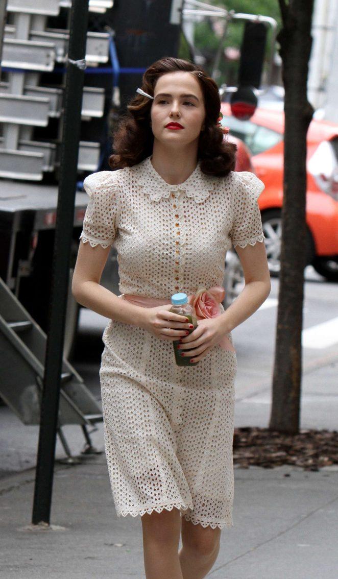 Zoey Deutch - Filming 'Rebel in the Rye' in New York City