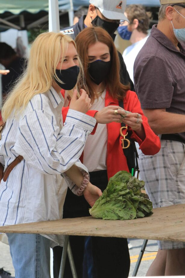 Zoey Deutch - Is spotted shopping at the farmers market in LA