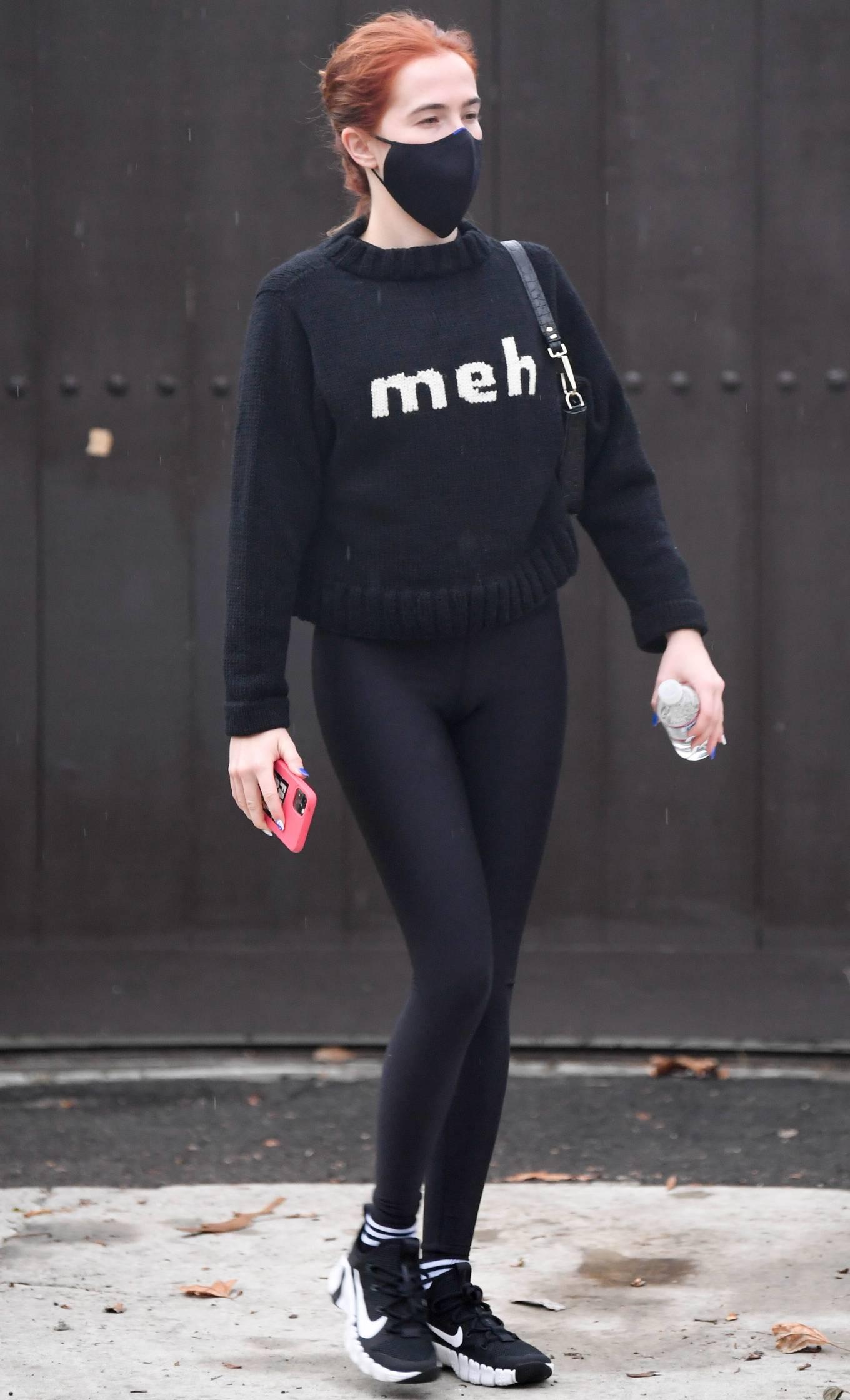 Zoey Deutch - Morning stroll in Los Angeles