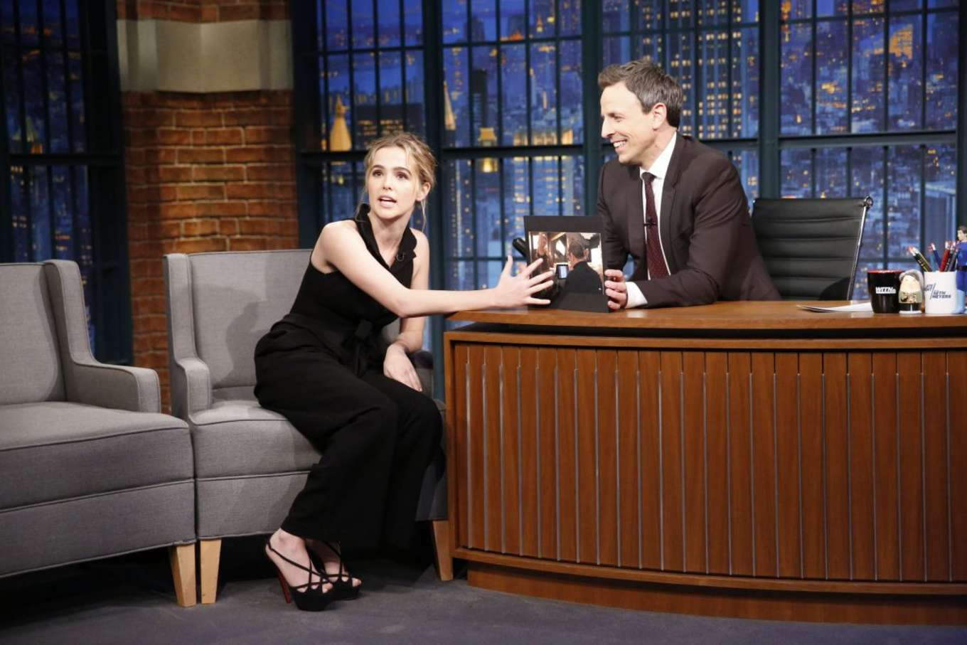 Zoey Deutch 2016 : Zoey Deutch on Late Night with Seth Meyers -04