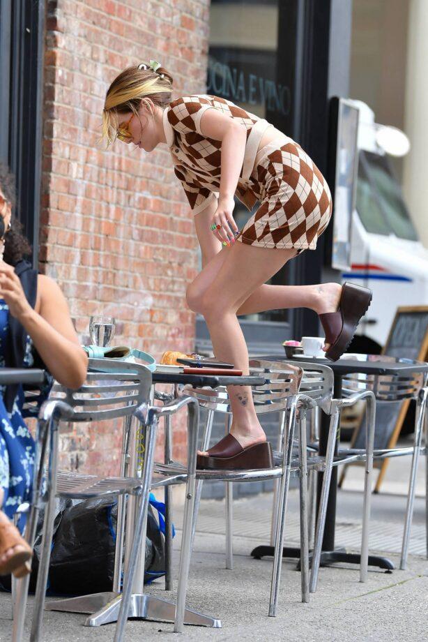 Zoey Deutch - On set of 'Not Ok' in New York