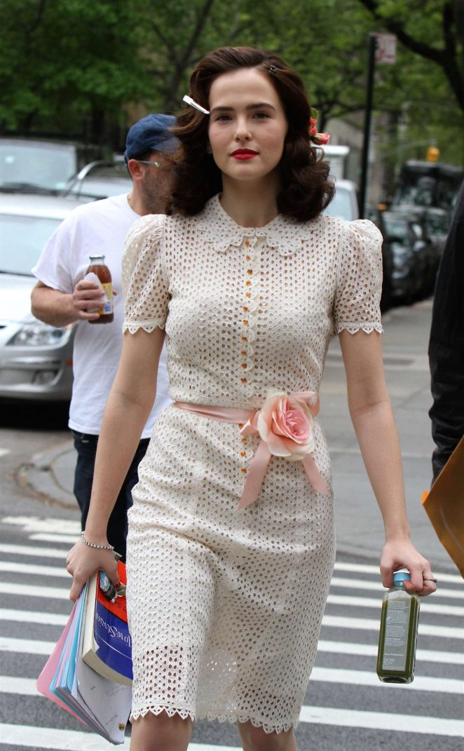 Zoey Deutch - On the set of 'Rebel in the Rye' in New York