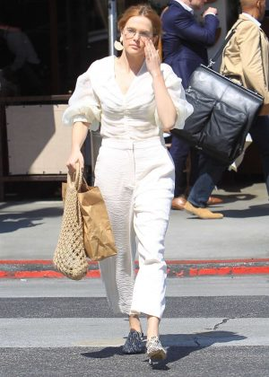 Zoey Deutch - Out shopping in Beverly Hills