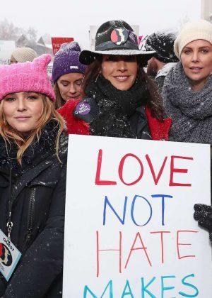 Zoey Deutch - Women's March on Washington