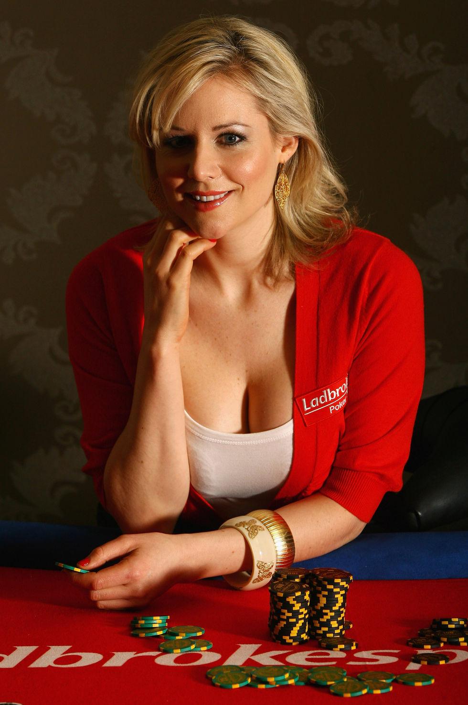abi-titmuss-european-ladies-poker-championships-launch-in-london-01