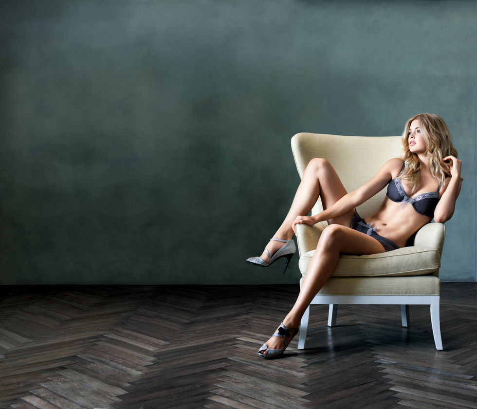 adriana-lima-and-doutzen-kroes-supermodel-obsession-photoshoot-01