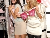 adriana-lima-and-doutzen-kroes-unveil-the-new-vintage-victoria-collection-02