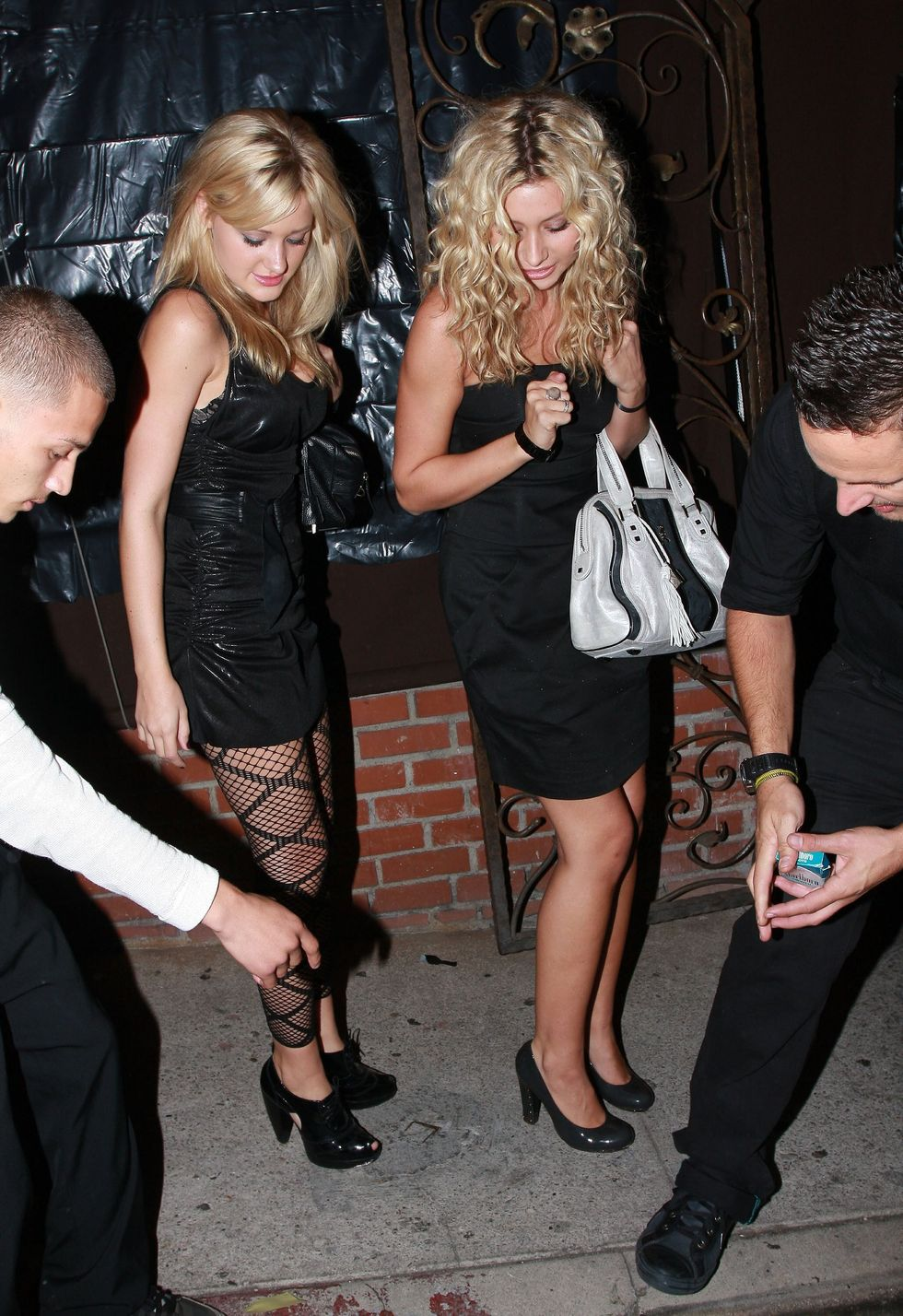 aly-and-aj-michalka-at-zac-efrons-birthday-party-01
