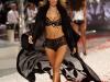 alessandra-ambrosio-2008-victorias-secret-fashion-show-02