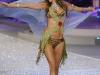 alessandra-ambrosio-2008-victorias-secret-fashion-show-04