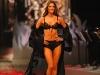 alessandra-ambrosio-2008-victorias-secret-fashion-show-06