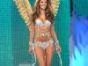 alessandra-ambrosio-2008-victorias-secret-fashion-show-09