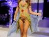alessandra-ambrosio-2008-victorias-secret-fashion-show-11