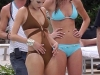 alessandra-ambrosio-and-ana-beatriz-barros-bikini-candids-on-the-beach-in-miami-mq-06