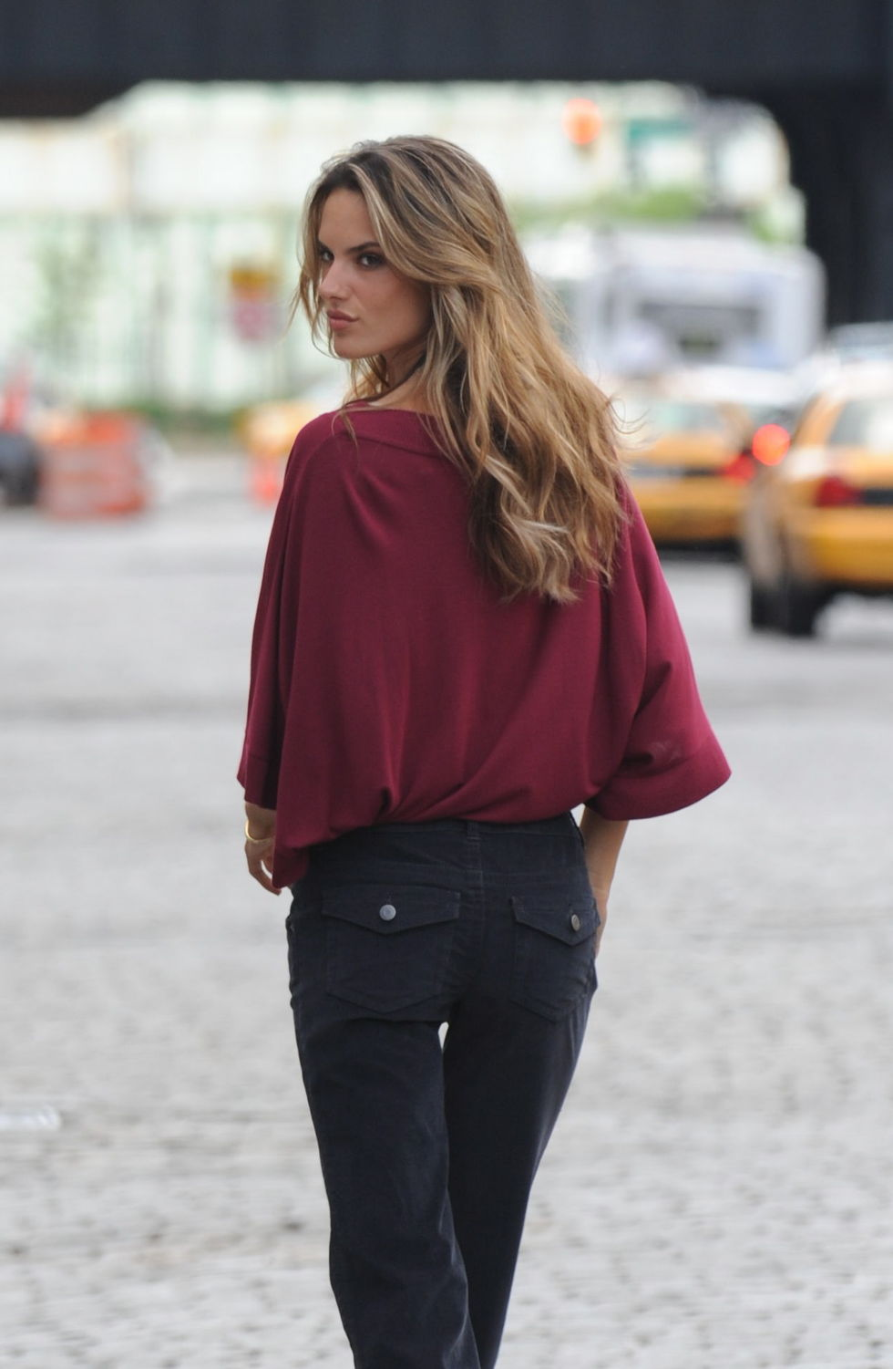 alessandra-ambrosio-in-a-photoshoot-in-new-york-01