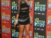 alessandra-ambrosio-leggy-at-los-premios-mtv-2009-awards-16