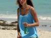 alessandra-ambrosio-photoshot-candids-on-the-beach-in-miami-13