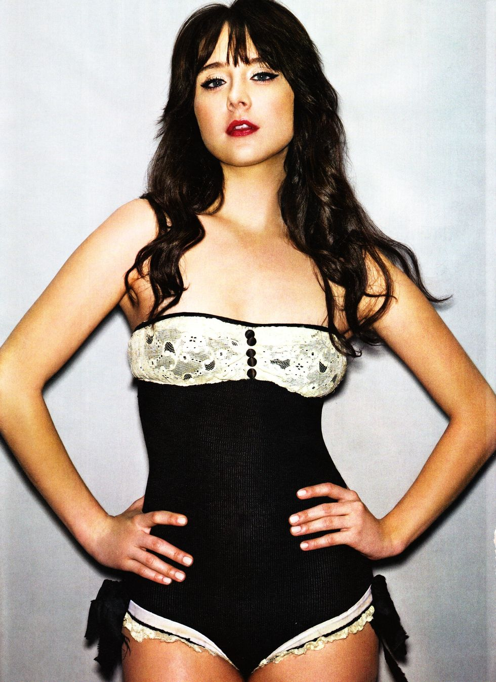 alessandra-torresani-fhm-magazine-february-2010-03