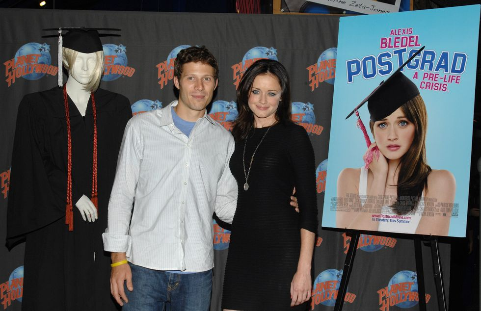 alexis-bledel-post-grad-promotion-at-planet-hollywood-in-new-york-01