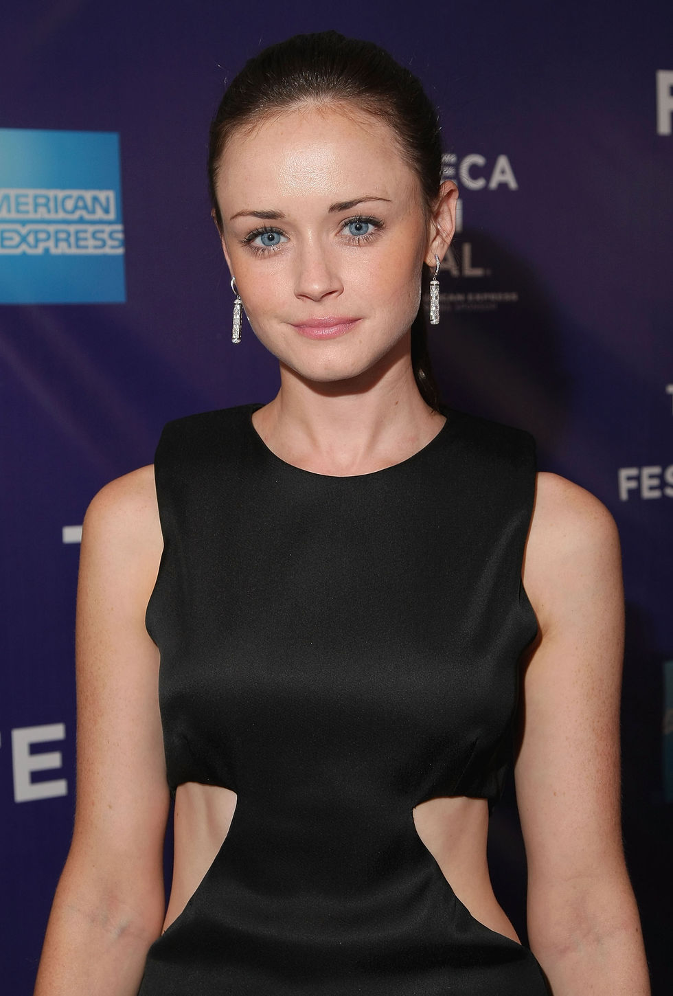 alexis-bledel-the-good-guy-premiere-in-new-york-01