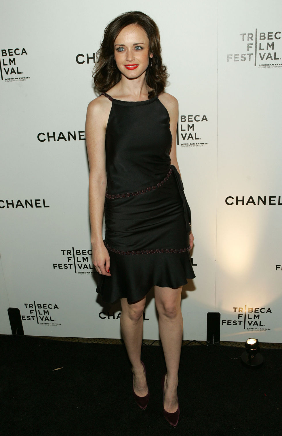 alexis-bledel-tribeca-film-festival-artists-dinner-01