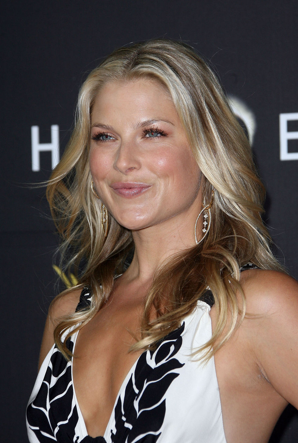 ali-larter-heroes-countdown-to-the-premiere-party-in-los-angeles-01
