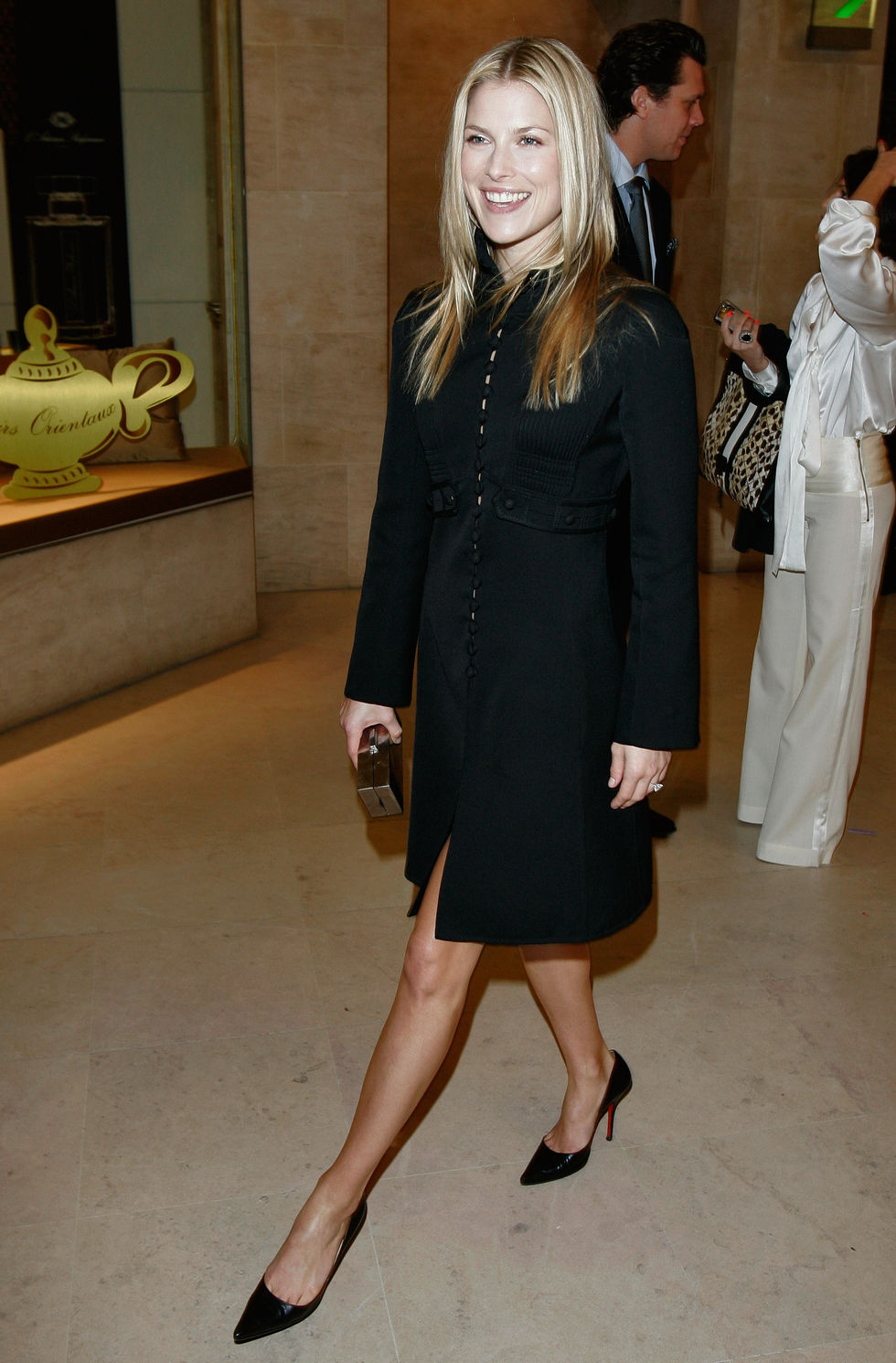 ali-larter-ungaro-fashion-show-at-paris-fashion-week-01