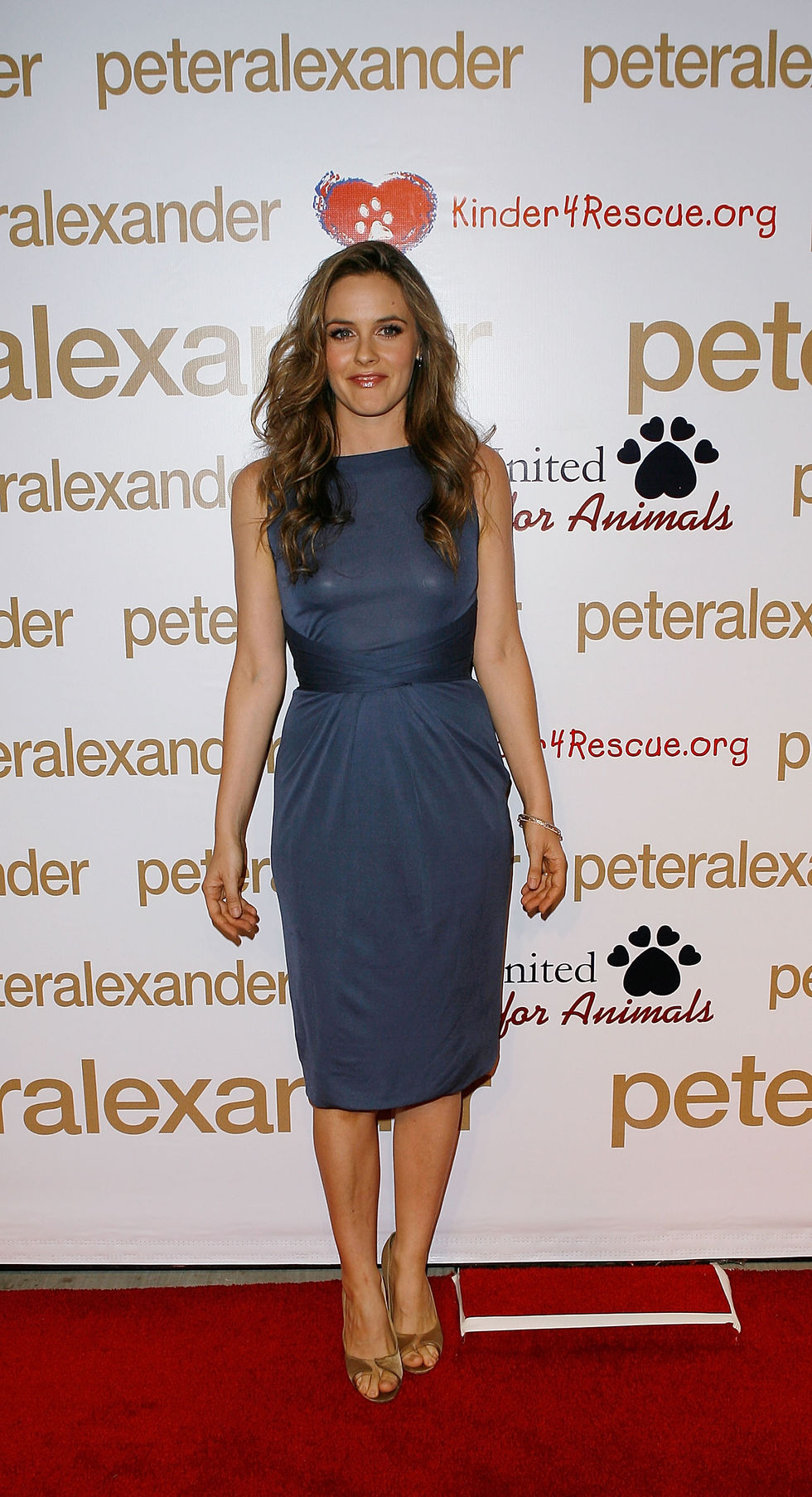 alicia-silverstone-peter-alexanders-new-store-launch-party-in-los-angeles-01