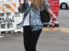 amanda-bynes-candids-at-long-drugs-in-studio-city-07
