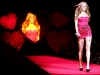 amanda-bynes-heart-truth-red-dress-collection-2009-fashion-show-07