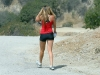 amanda-bynes-hiking-at-runyon-canyon-park-mq-03