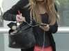 amanda-bynes-leggy-candids-at-equinox-gym-in-west-hollywood-12