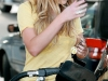 amanda-bynes-leggy-candids-at-gas-station-in-los-angeles-05