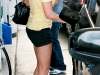 amanda-bynes-leggy-candids-at-gas-station-in-los-angeles-09