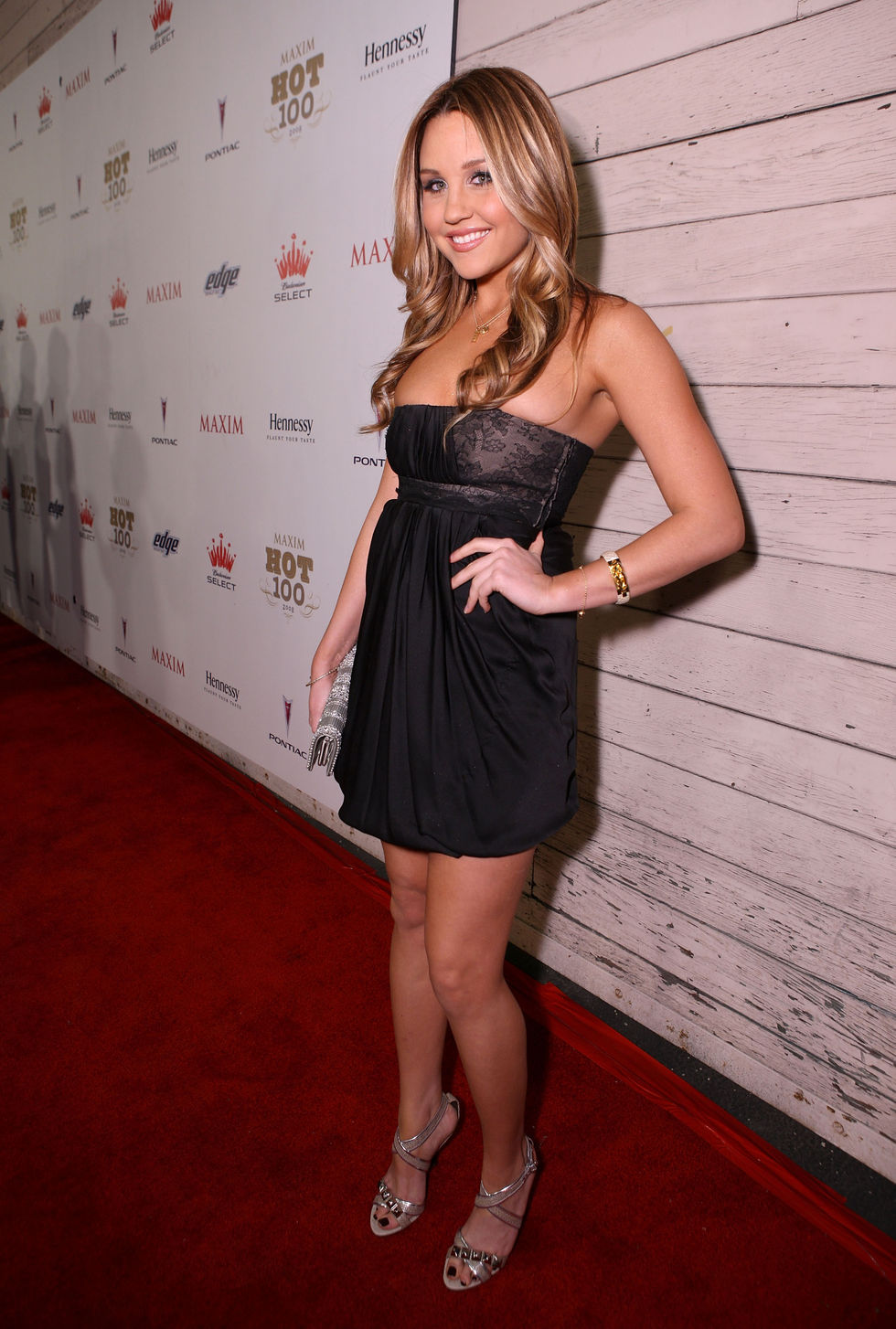 amanda-bynes-maxims-2008-hot-100-party-01