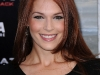 amanda-righetti-terminator-salvation-premiere-in-hollywood-06