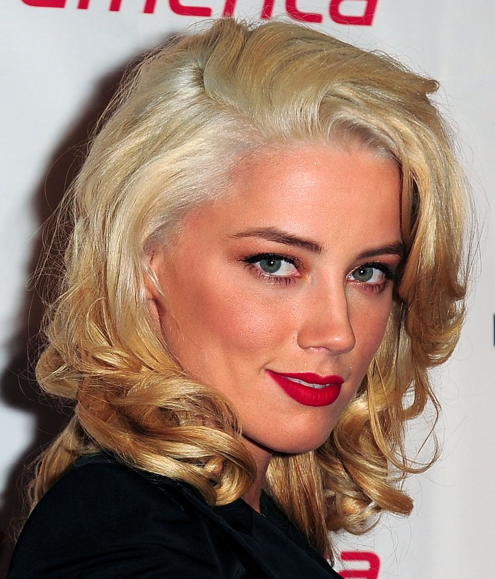 amber-heard-virgin-america-los-angeles-to-fort-lauderdale-launch-party-01