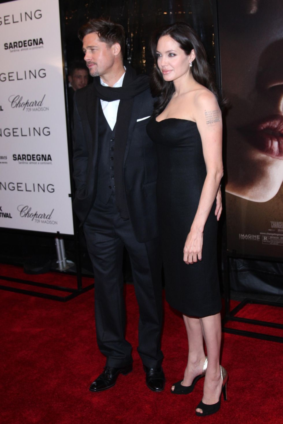 angelina-jolie-changeling-premiere-in-new-york-19