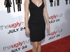 anna-faris-the-ugly-truth-premiere-in-hollywood-01