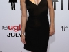 anna-faris-the-ugly-truth-premiere-in-hollywood-06