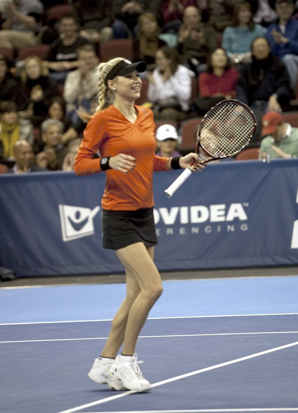 anna-kournikova-2009-champions-cup-in-boston-01
