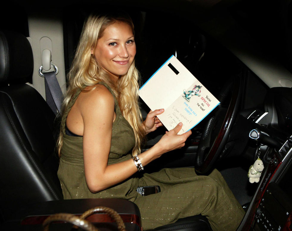 anna-kournikova-at-her-birthday-party-in-miami-08