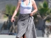 anna-paquin-at-the-beach-in-los-angeles-04