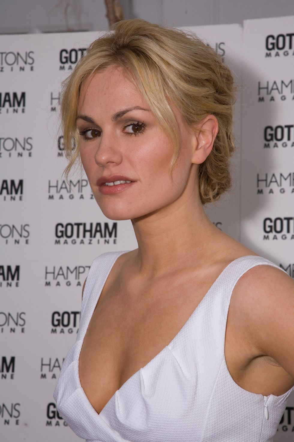 anna-paquin-memorial-day-celebration-in-southampton-01