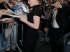 anna-paquin-visits-the-the-late-show-with-david-letterman-in-new-york-07