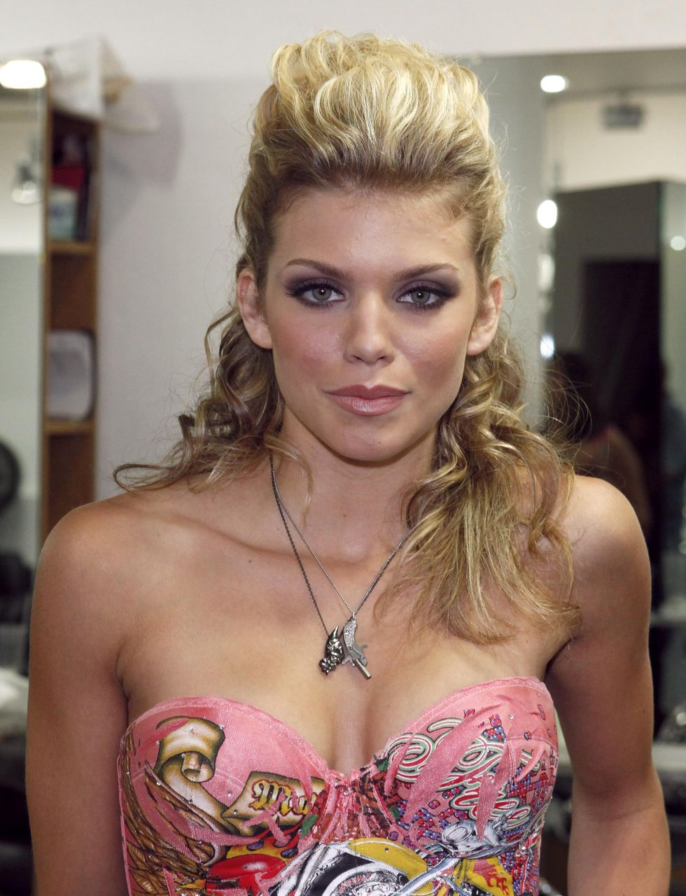 annalynne-mccord-cleavage-candids-in-beverly-hills-01