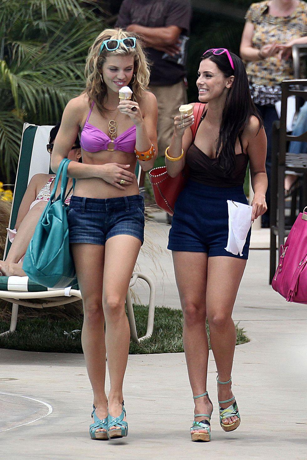 annalynne-mccord-in-bikini-on-the-set-of-90210-in-los-angeles-01