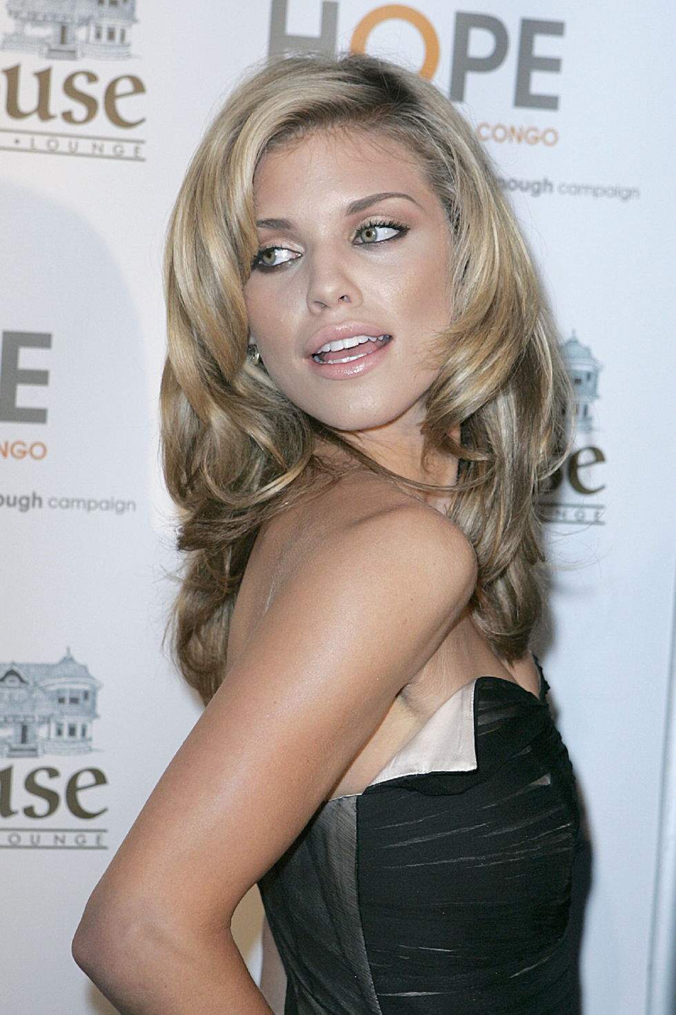 annalynne-mccord-raise-hope-for-the-congo-event-in-hollywood-01