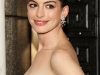 anne-hathaway-63rd-annual-tony-awards-in-new-york-09