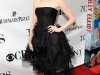 anne-hathaway-63rd-annual-tony-awards-in-new-york-14